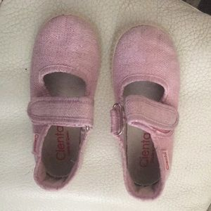 Cienta pink sparkly Mary Janes in a size 26